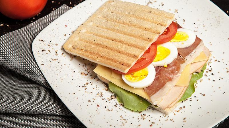 Φτιάξτε το δικό σας πρωινό σάντουιτς